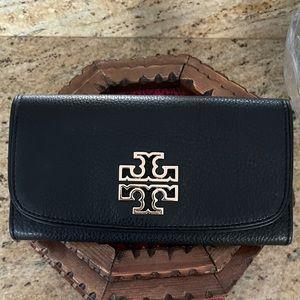 New 🖤 Tory Burch wallet